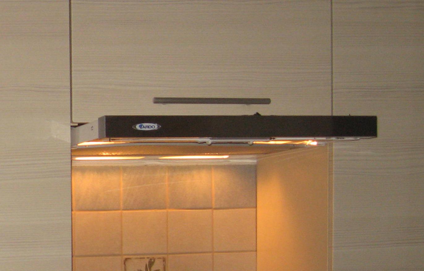 схема подключения кухонной вытяжки к вентиляции