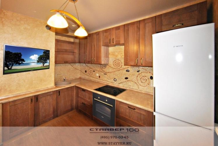 Кухня из массива широкая рамка фото.