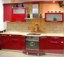 Фото глянцевой красной кухни