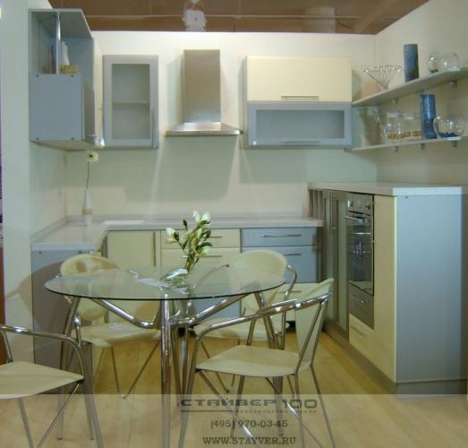Фото кухни П- образной кухни