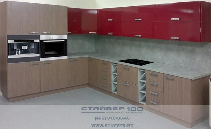 Угловая кухня цвета вишни фото