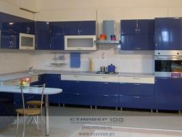 Кухня синего цвета Г- образой формы фото