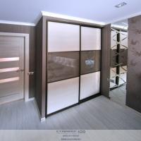 Вместительный шкаф купе шириной 150 см фсмото