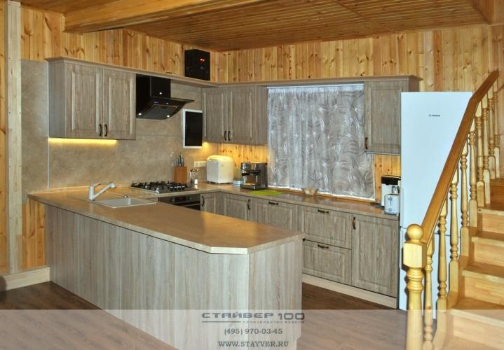 Кухня на дачу Карпатская ель. Фото