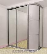 Зеркальный шкаф купе с распашной радиусной дверью мебельная .