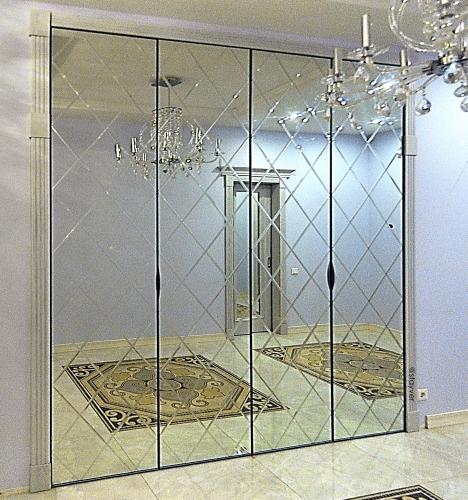 Зеркальный шкаф с алмазной гравировкой