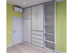 Шкаф с контрастной кромкой