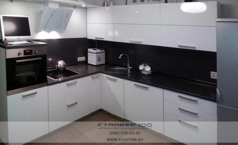 Столешница для кухни глянец германия столешница в ванной мозаика