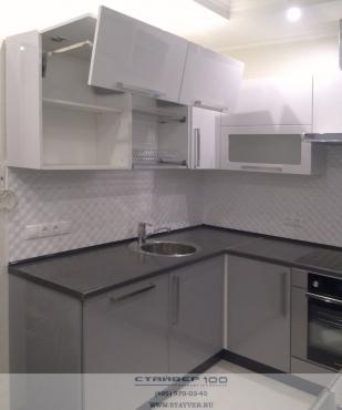 Серо-белые кухни дизайн