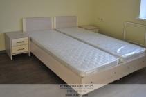 Кровать для гостиничного номера