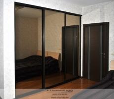 Фото зеркального шкафа купе в спальню