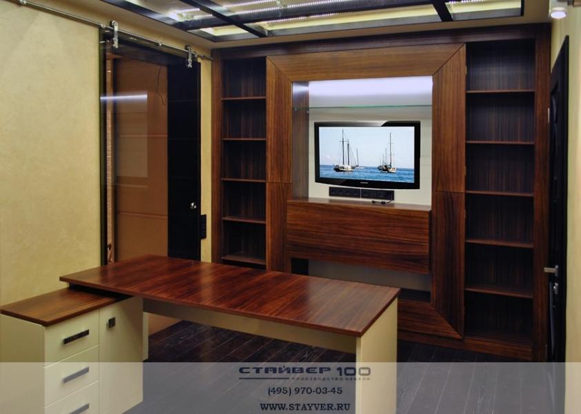 Фото кабинета из шпона Зебрано